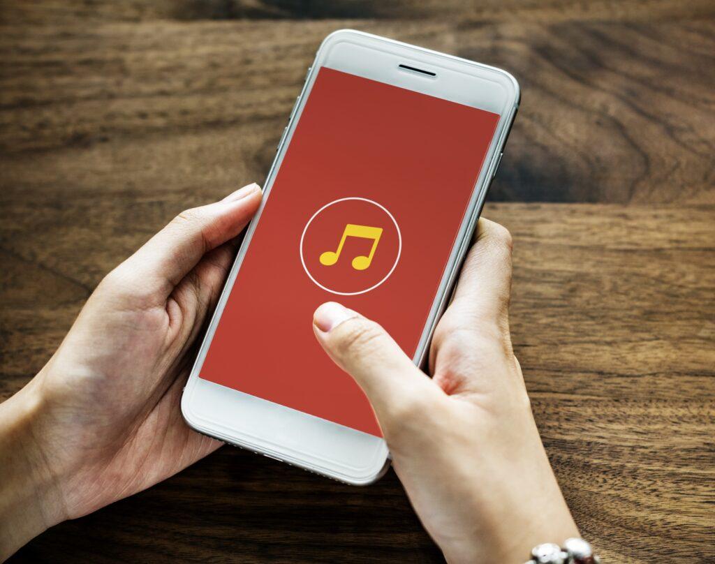 musica streaming perú retail 1024x808 - Perú con cerca del 22%, es el país líder la música digital en la región
