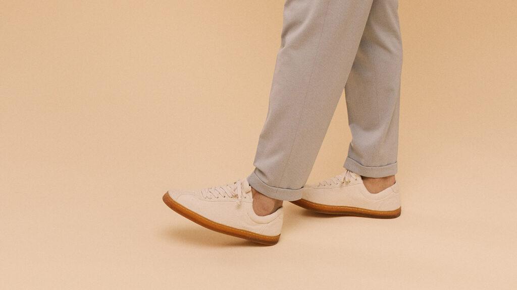 native shoes 1024x576 - The North Face convierte el plástico en ropa