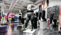 nike maniquies talla grande 240x140 - Nike promueve la diversidad de cuerpos con estos maniquíes