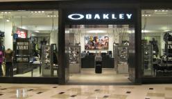 oakley 728 248x144 - Oakley y Volcom abren nuevas tiendas en Perú