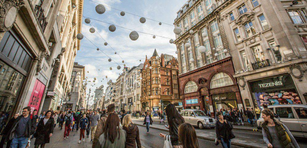 oxford street london - Conoce las calles donde se impone el visual merchandising