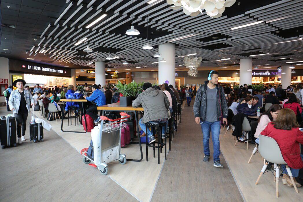 patio comida aeropuerto jorge chavez 1 Perú Retail - Este es el remodelado patio de comidas del Aeropuerto Internacional Jorge Chávez