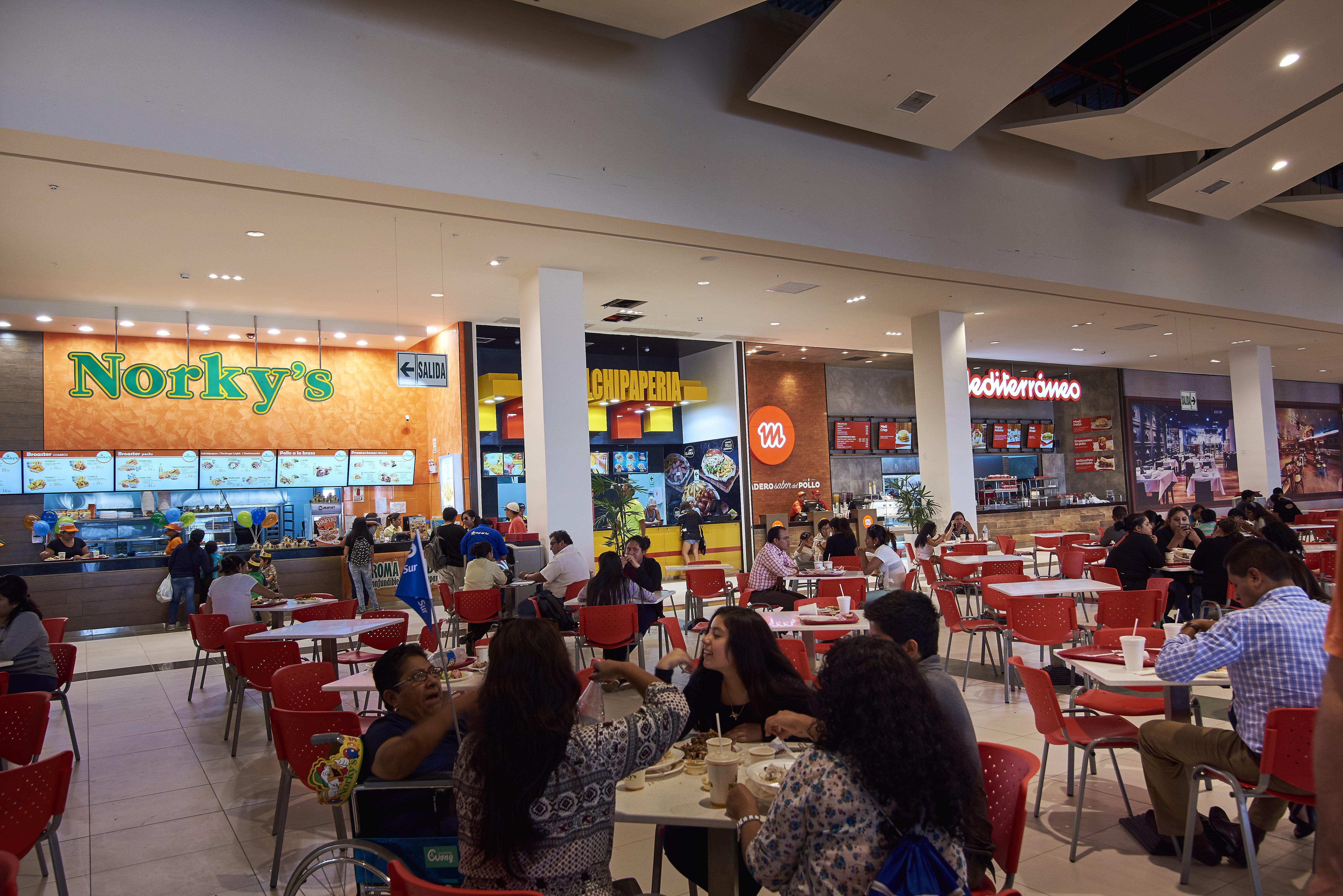 patio de comidas food court mall del sur