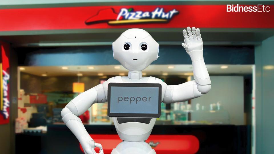 pepper-robot-become-pizza-hut-cashier-take-human-jobs-away