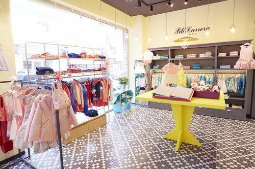 pili carrera 6 - Pili Carrera abre su primera tienda en el Centro Comercial Andino de Colombia