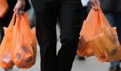 prohibición de plástico 240x140 - Perú: Fabricantes de plástico estiman que sus ventas caerán 25% ante reglamento