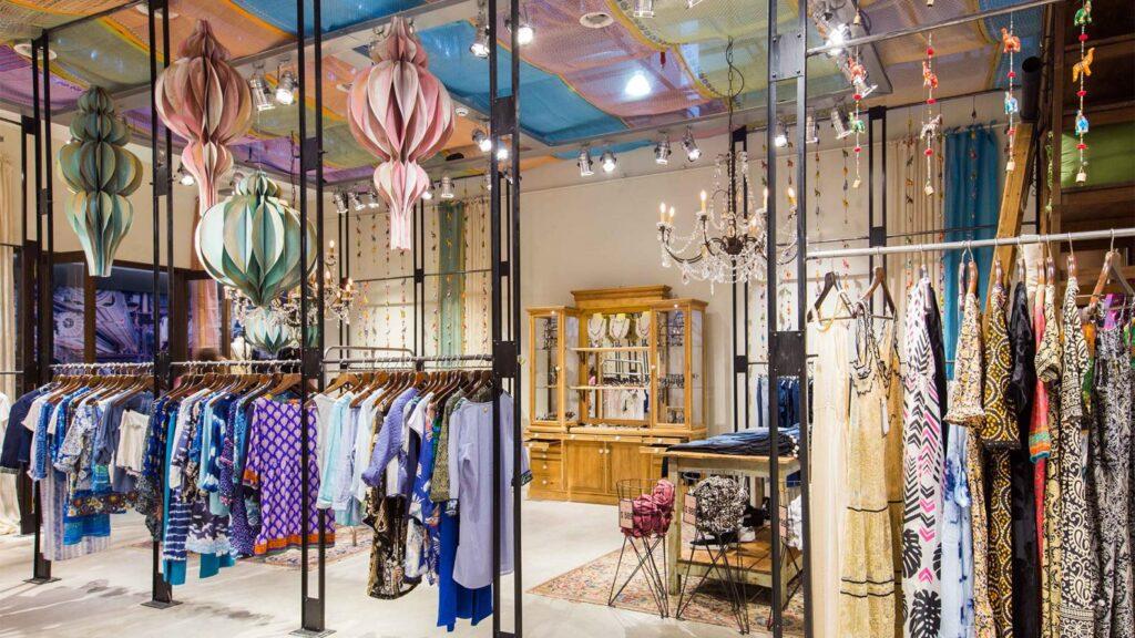 rapsodia tienda 1 1024x576 - Rapsodia: Marca de moda femenina planea desembarcar en Perú, Ecuador y EE.UU