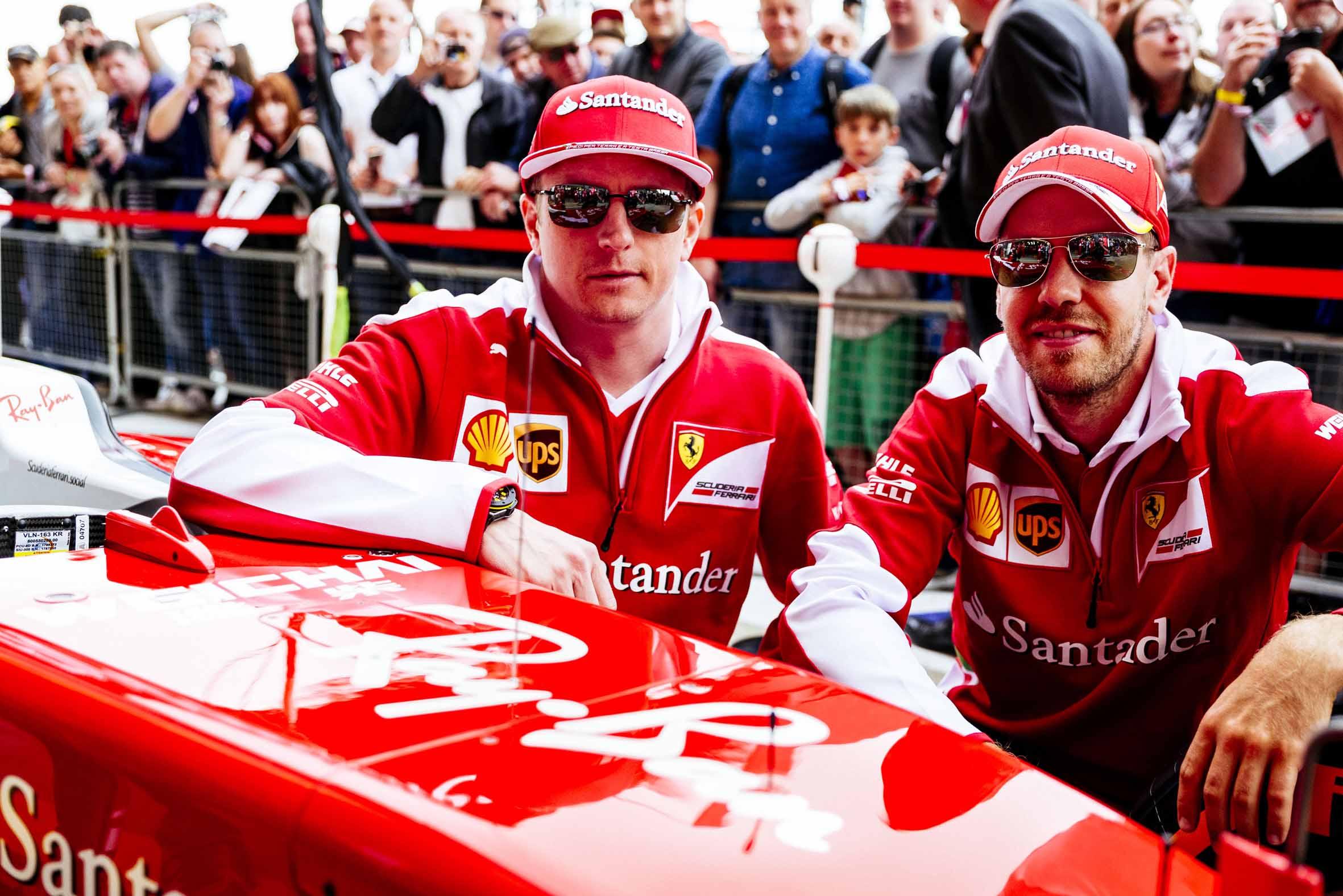 ray ban ferrari 3 - Luxottica y Ferrari confirman contrato de licencia por varios años