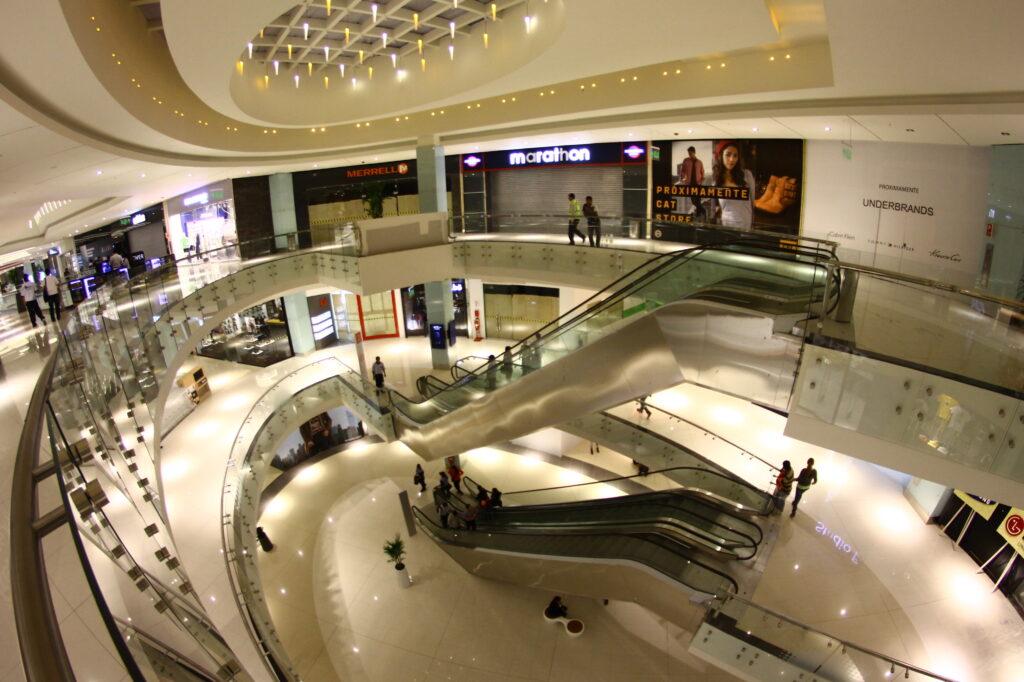 real plaza salaverry mall peru retail 15 1024x682 - Real Plaza Salaverry proyecta llegar a los US$250 millones en ventas este año