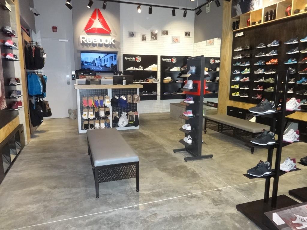 reebok Open Plaza 1 1024x768 - Reebok abre su tercera tienda en la capital de Colombia