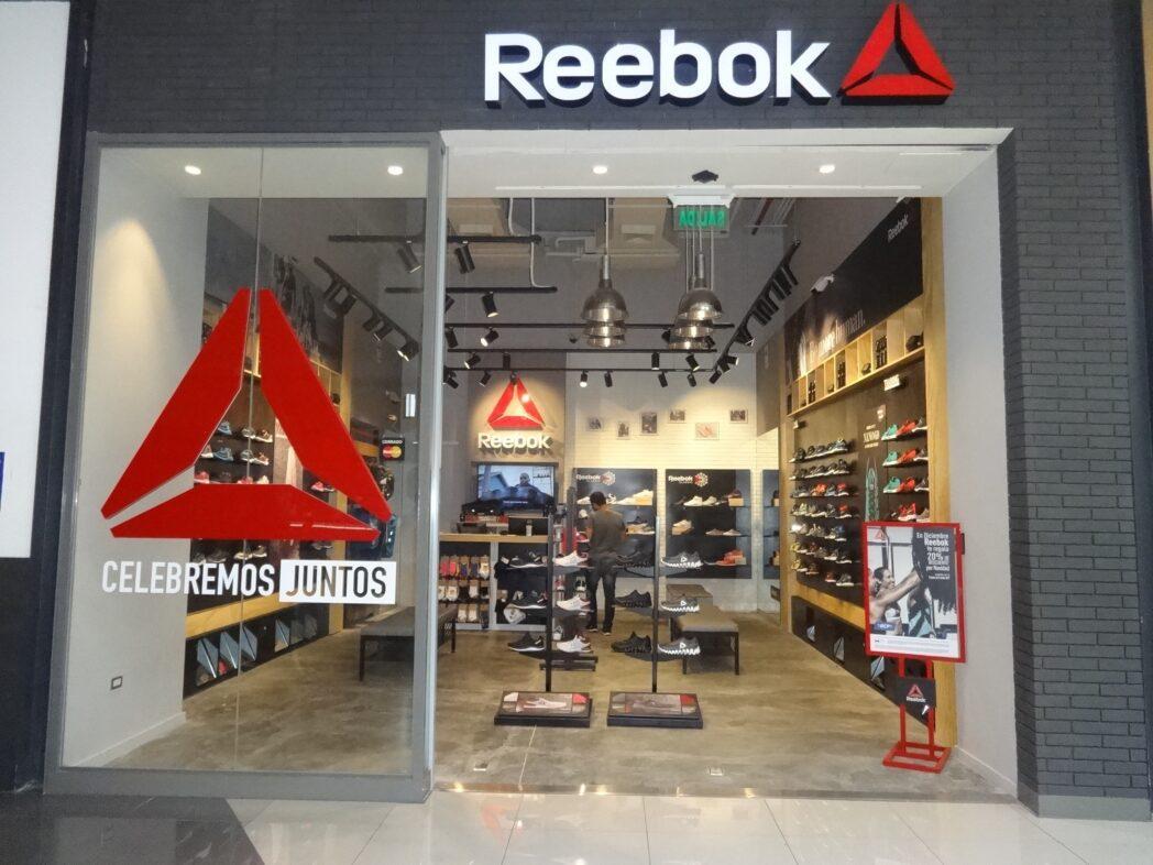reebok Open Plaza 3 - Reebok abre nuevo formato en el centro comercial Open Plaza Angamos
