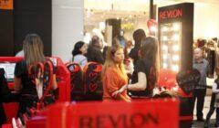 """revlon 5 240x140 - Fundador de Revlon: """"… hacemos cosméticos. En la tienda, vendemos esperanza"""""""