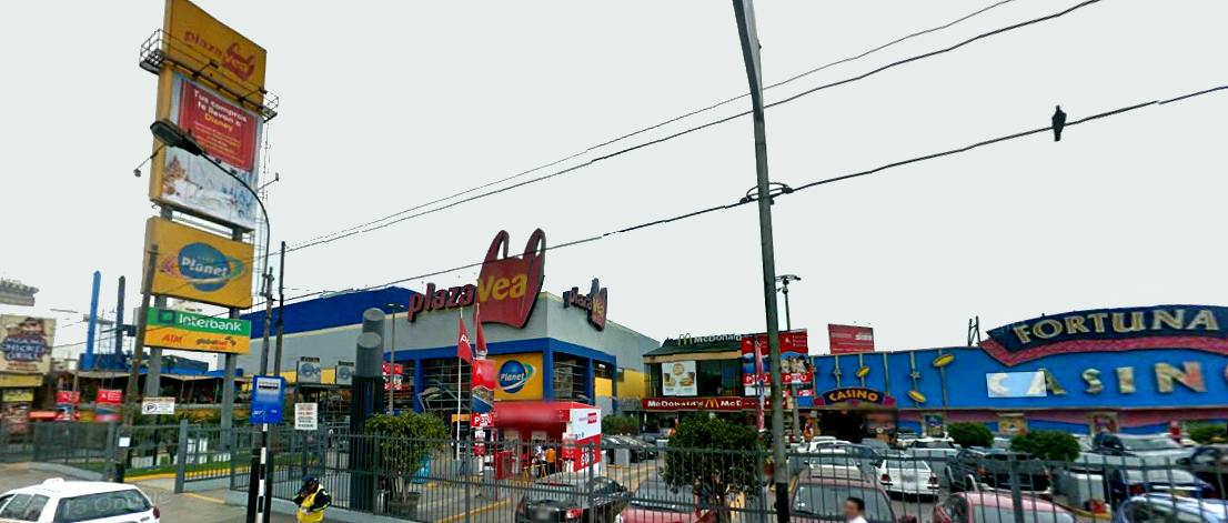 risso centro comercial1 - Centro comercial Risso se renueva