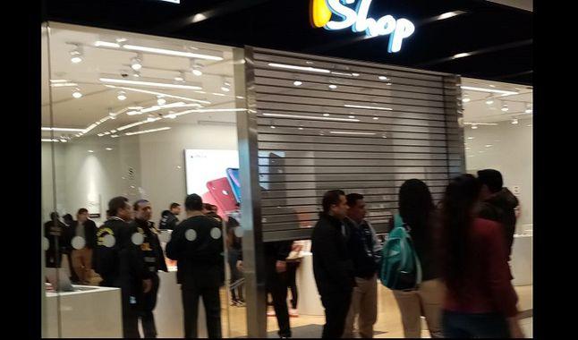 robo iShop - Jockey Plaza: delincuentes se disfrazan de seguridad para robar tienda de iShop