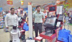 robots ecuador 1 240x140 - Supermercados en Ecuador incorporan robots en producción y ventas