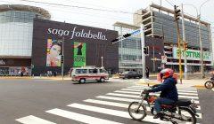 saga falabella calle 240x140 - Perú: Saga Falabella se une al Black Friday y realiza cierrapuertas