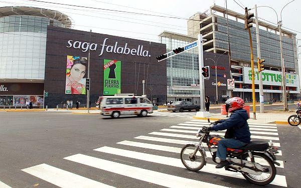 saga falabella calle - Falabella invertirá US$ 4.200 millones en el periodo 2019-2022