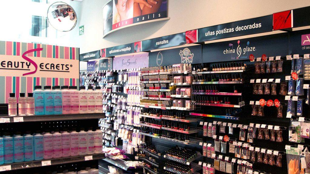 """sally 1024x576 - Sally Beauty Perú: """"El 20% de las personas que van a nuestras tiendas son hombres"""""""