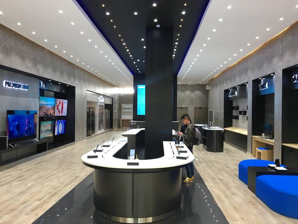 samsung bolivia 2 - Bolivia: Samsung abrió su primera tienda especializada en La Paz