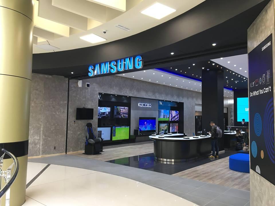 samsung bolivia 3 - Bolivia: Samsung abrió su primera tienda especializada en La Paz