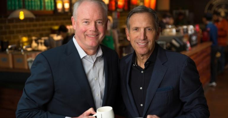 schultz johnson starbucks - Starbucks presenta a su nuevo CEO