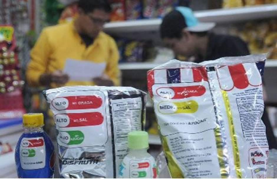semaforo nutricional 15 - Los pros y contras del semáforo nutricional en productos de consumo en el Perú