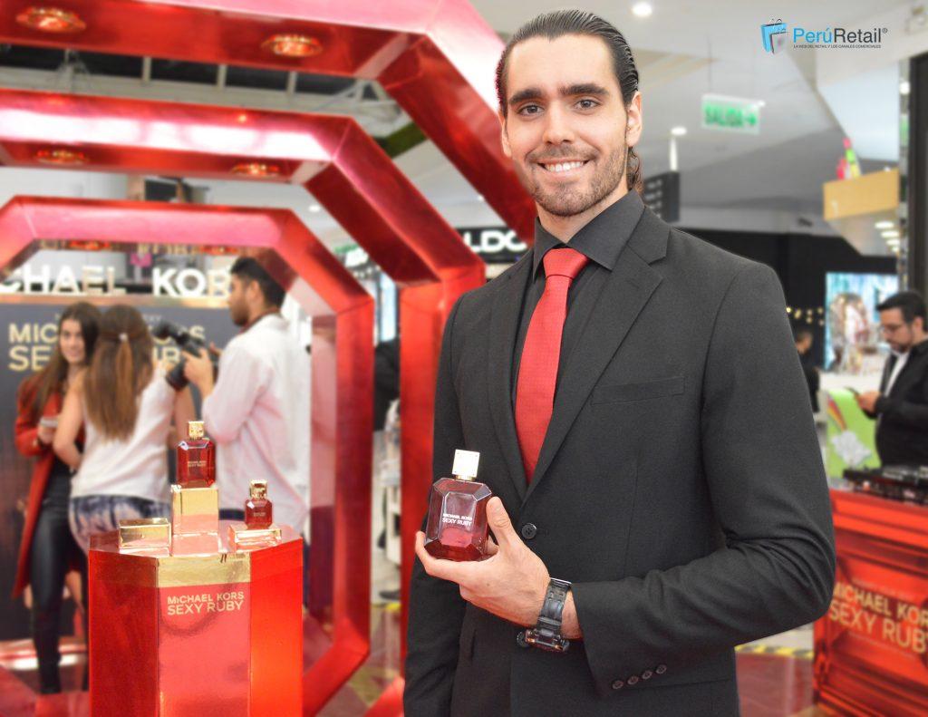 sexy ruby 3 1024x791 - Michael Kors presenta su nueva fragancia femenina 'Sexy Ruby'