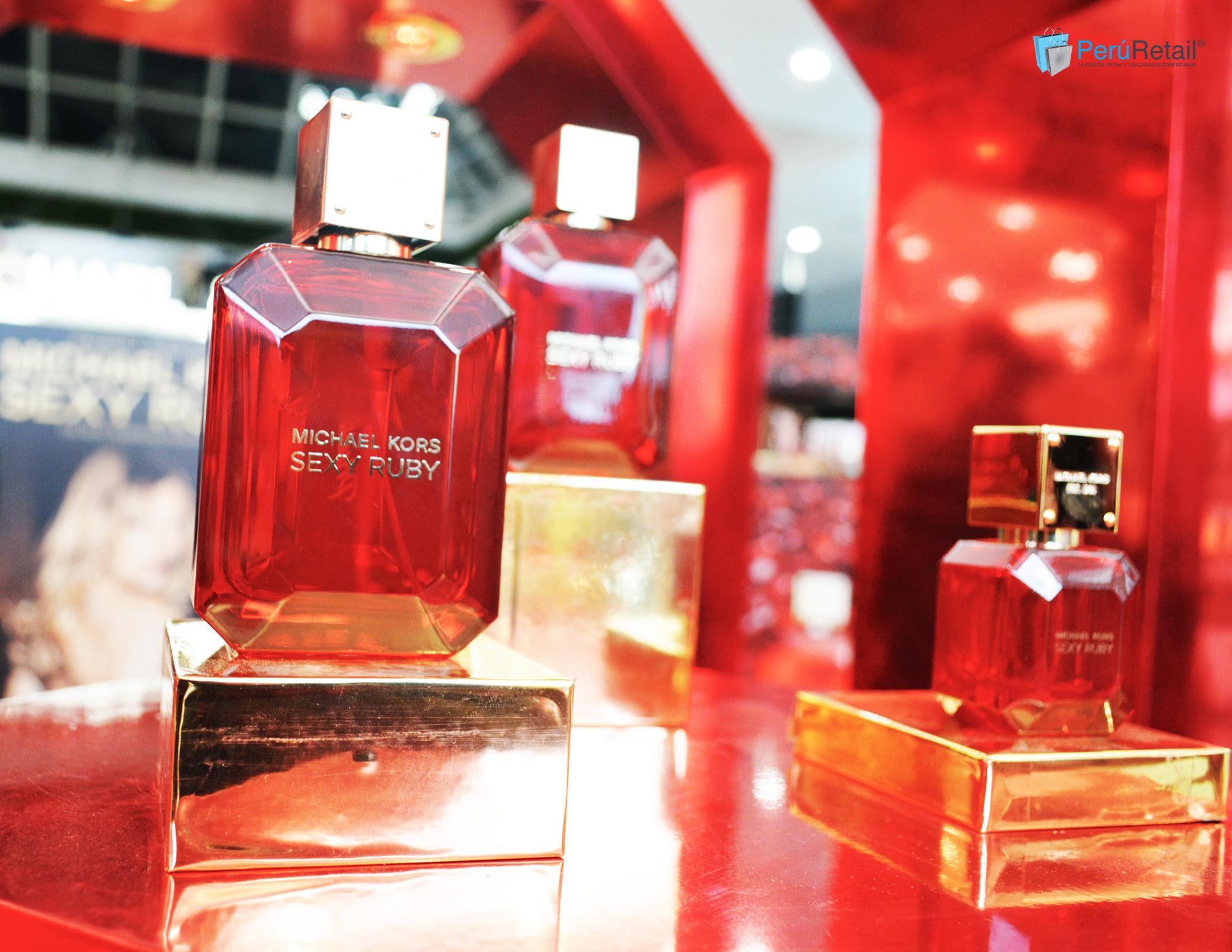 sexy ruby - Michael Kors presenta su nueva fragancia femenina 'Sexy Ruby'