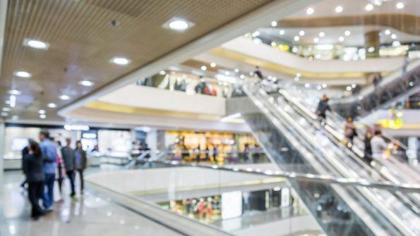 shopping mall int blur thinkstockphoto - ¿Cuáles son las tendencias que marcarán el futuro del retail?