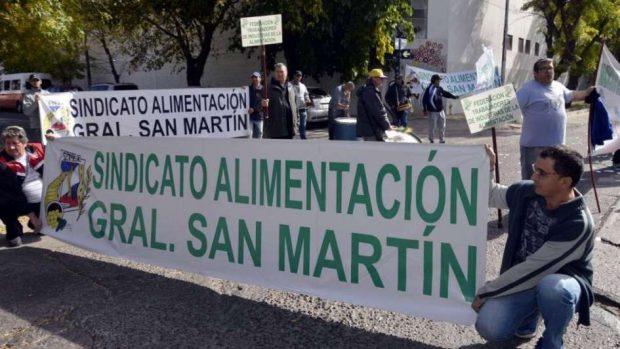 sindicato de alimentación Perú Retail - Millonarias pérdidas en industrias mantienen en vilo a trabajadores y productores