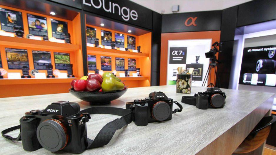 sony store center - Sony apuesta por tabletas y cámaras premium en el Perú