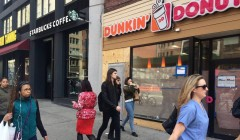 starbucks and dunkin donus 240x140 - Conoce las marcas que lideran el ranking de los minoristas en Nueva York