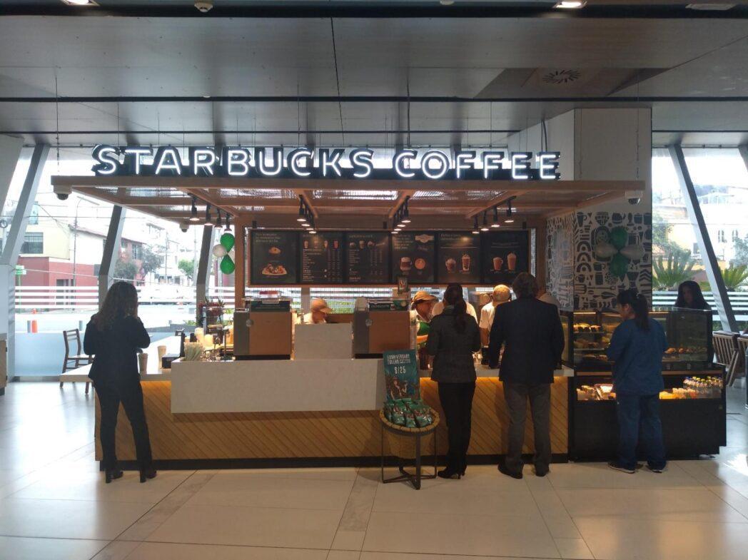 starbucks clinica delgado - Perú: Conoce la nueva cafetería de Starbucks que funciona dentro de una clínica