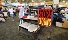 store closing 240x140 - Más de 8000 tiendas fueron cerradas en Estados Unidos en el 2017
