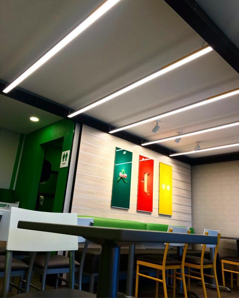 subway chochabamba 820x1024 - Bolivia: Subway presenta su nuevo concepto en Cochabamba