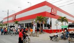super tia ecuador2 248x144 - Almacenes Tía cierra todas sus tiendas en Colombia
