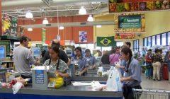 supermercados brasil 1 240x140 - Brasil: Ventas minoristas crecen 1% en abril