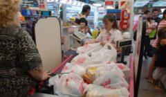 supermercardos bolsas chile1 240x140 - Ecuador: Subirían impuesto a las fundas plásticas para aplacar crisis fiscal