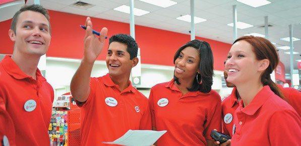 target personal 2 - Target contratará a 100 mil personas por campaña navideña en EE. UU.