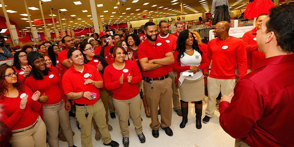 target personal - Target contratará a 100 mil personas por campaña navideña en EE. UU.