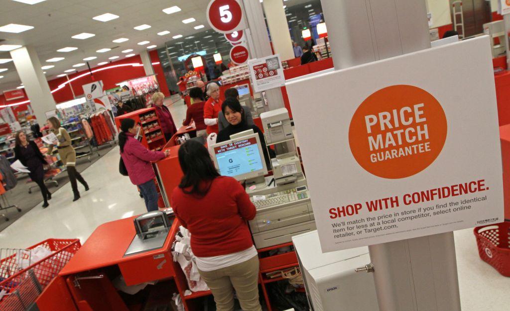 target price - Retailers norteamericanos luchan por contratar empleados en Estados Unidos