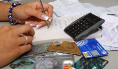 tarjetas de credito pe´ru retail 240x140 - Ecuador: Empresas comerciales innovan estrategias de pagos para sus clientes