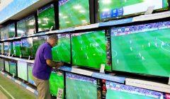 televisores retail 240x140 - Perú: Venta de televisores aumenta durante primer trimestre por fiebre del Mundial Rusia 2018