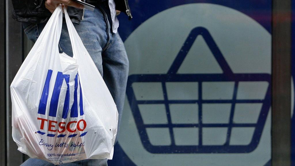 tesco bag waste food1 1024x576 - Tesco reducirá 1000 puestos de trabajo en Reino Unido