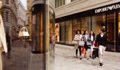 tienda de lujo 240x140 - Compradores de tiendas de lujo son menos solidarios