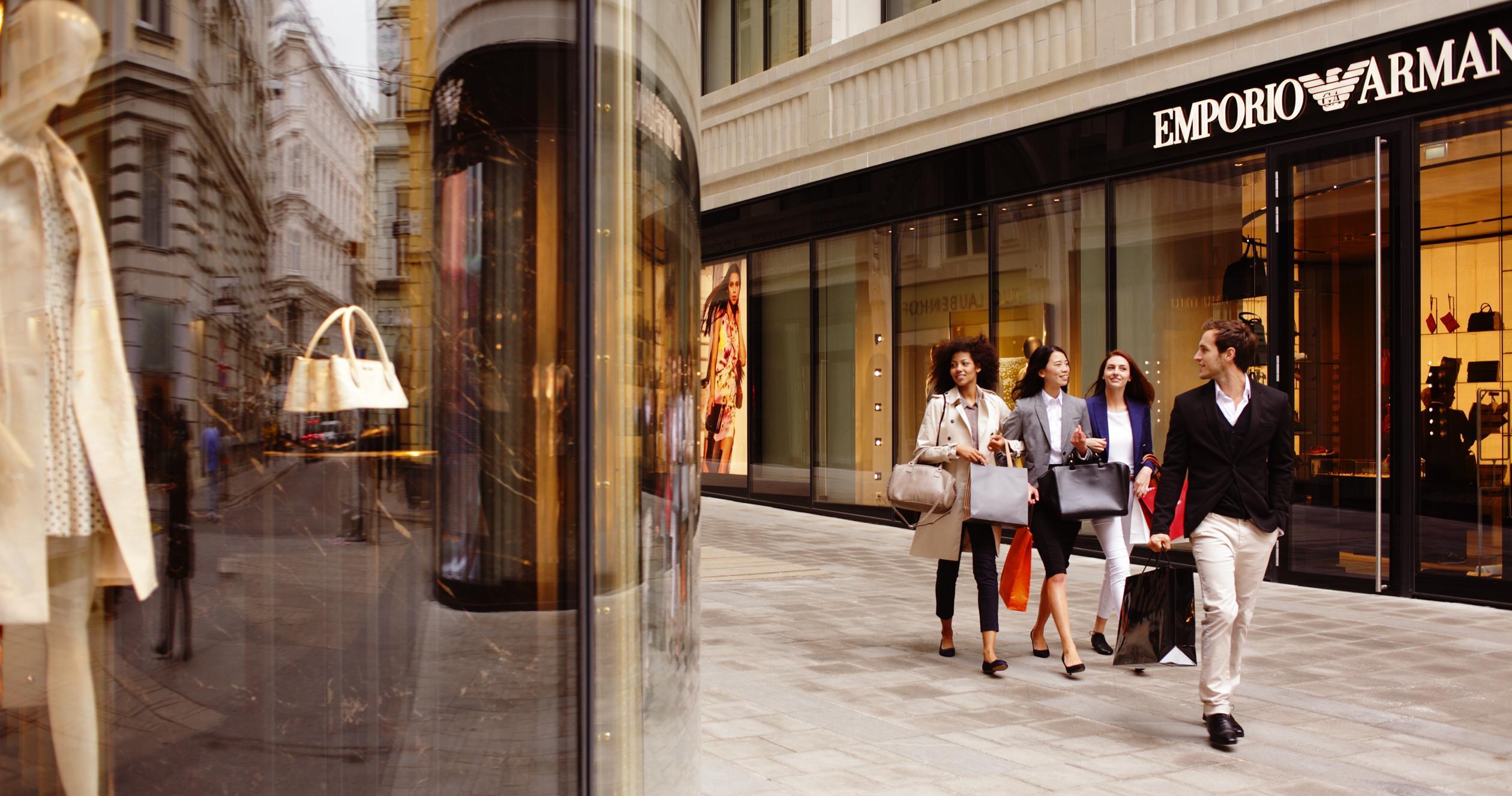 tienda de lujo - Consumidores de mercados emergentes siguen impulsando el crecimiento del mercado de lujo