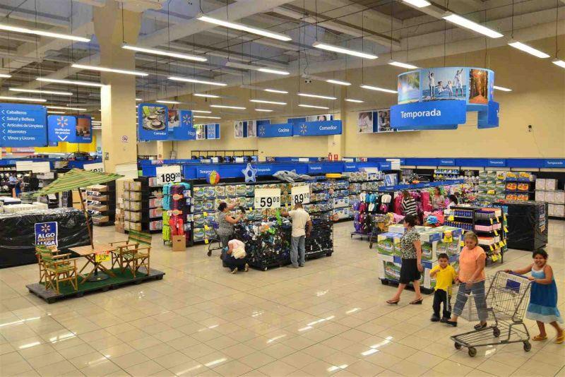 tienda walmart en honduras1 - Lidl hace temblar a Walmart a pocos días de su arribo a Estados Unidos