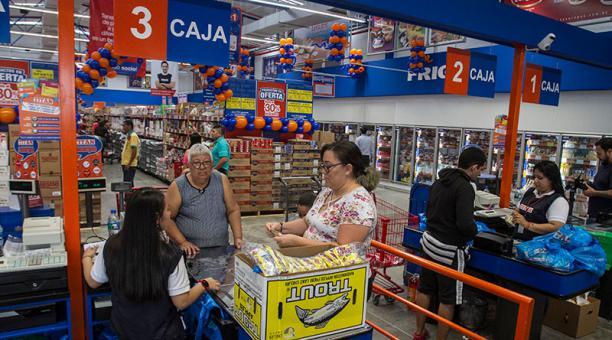 titán la favorita - Ecuador: Conoce la tienda para mayoristas lanzada por Corporación Favorita
