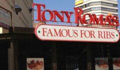 tony-romas (1)