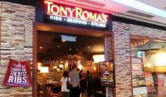 tony romas 35 240x140 - Tony Roma´s abrirá tres restaurantes en Bolivia